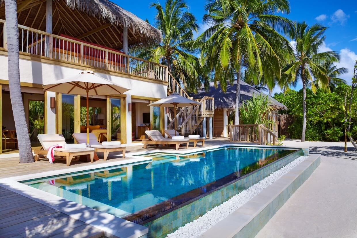 Two_Bedroom_Ocean_Beach_Villa_with_Pool_exterior_[6045-LARGE]